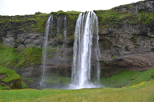 Seljalandsfoss waterfall